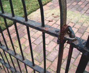 rusty_gate