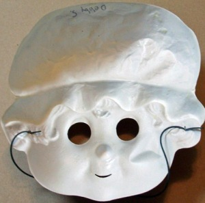 Rear view of Strawberry Shortcake mask.