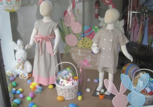 Easter_window_display2