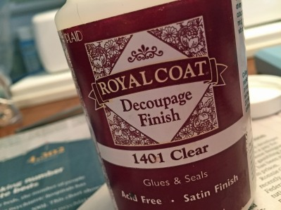 royal_coat_decoupage_finish