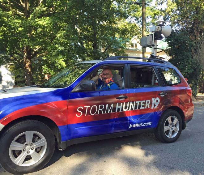 storm_hunter_throws_candy