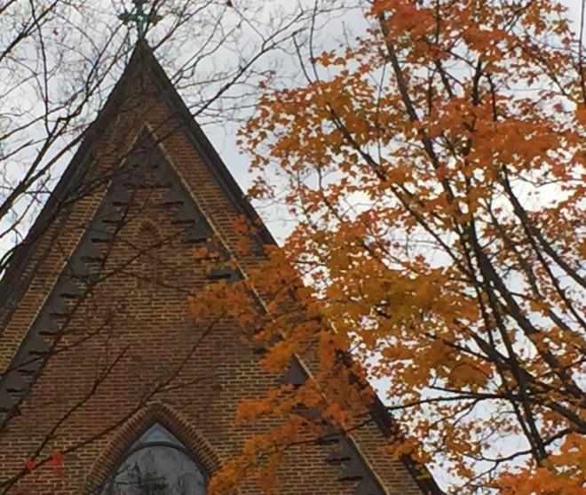 church_fall_leaves