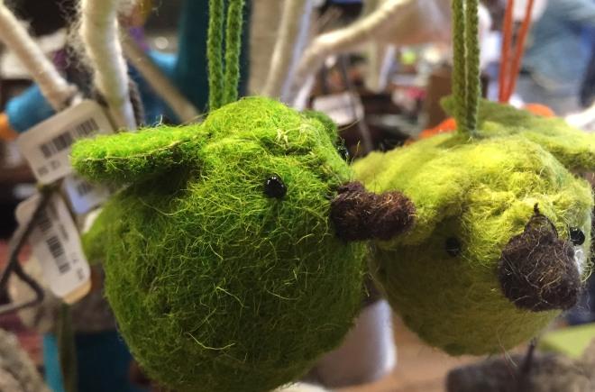 green_bird_ornaments